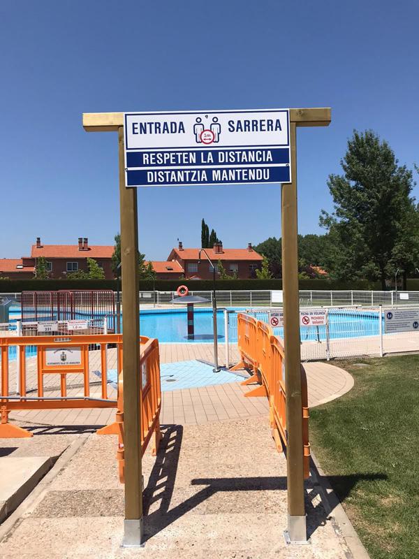 joyfer cartel piscina covid entrada distancia