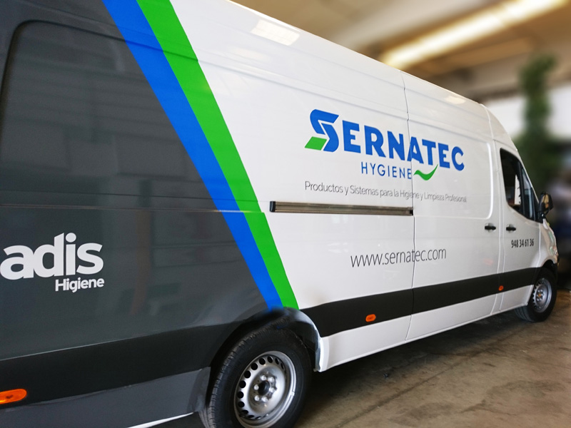 Joyfer Rotulación integral car wrapping - furgoneta empresa Sermatec flota vehículos
