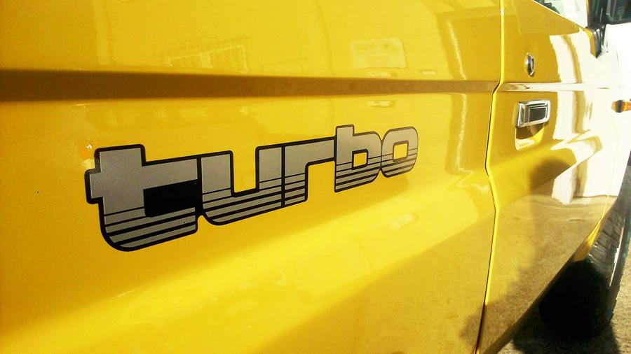 joyfer rotulacion Detalles personalizados para vehiculos turbo